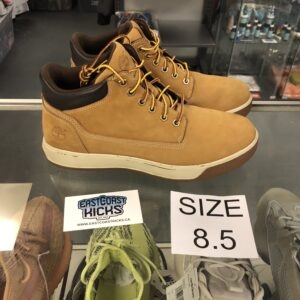 Preowned Timberland Brown Size 8.5