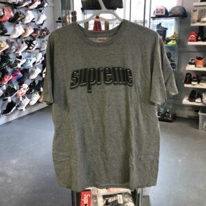Preowned Supreme Hypnotize Minds Tee Size L