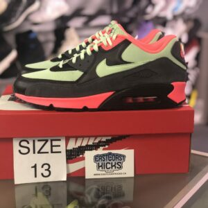 Preowned Air Max 90 Vapour Size 13