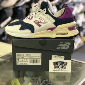 Preowned New Balance Lifestyle Size 10