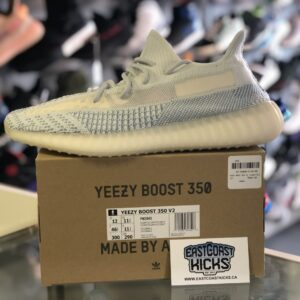 Adidas Yeezy V2 Cloud Size 12