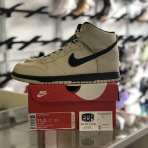 Preowned Nike Dunk Hi Light Bone Size 11.5