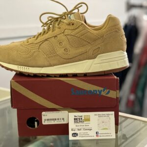 Preowned Saucony Shadow Size 8