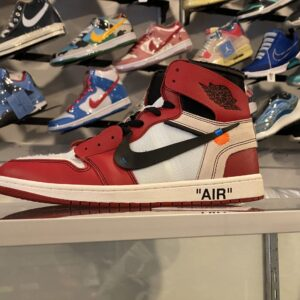 Preowned Off White Jordan 1 High Chicago Size 11