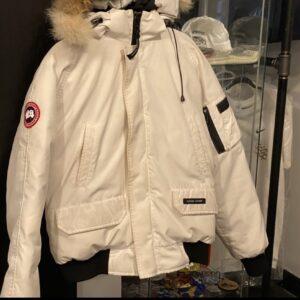 Canada Goose Jacket White Size M