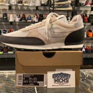 Nike Daybreak Type Summit White Size 9