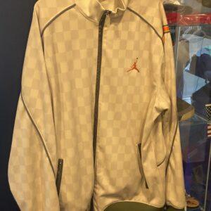 Preowned Jordan Jacket Beige Olive Size XXL