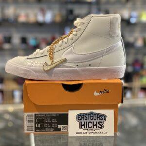 Nike Blazer Mid Summit White Size 5W/3.5Y