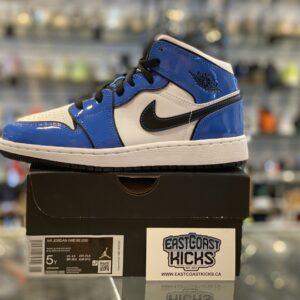 Jordan 1 Mid Signal Blue Size 5Y