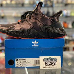 Adidas Prophere Black / Red Size 9