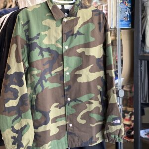 Preowned The North Face Novelty Camo Couch Jacket Size M
